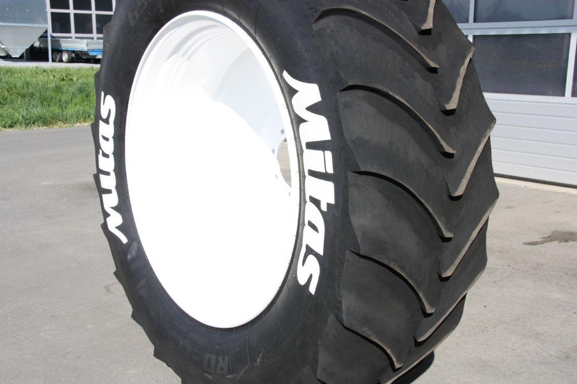 spezielles wiederkehr pneuhaus ag reifen pneu pneus. Black Bedroom Furniture Sets. Home Design Ideas